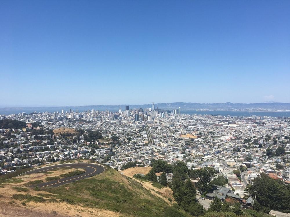 Widok na SF z Twin Peaks