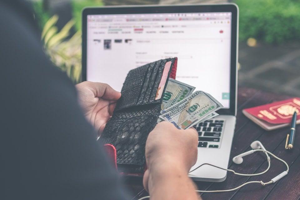 Wynagrodzenie wirtualnej asystetnki